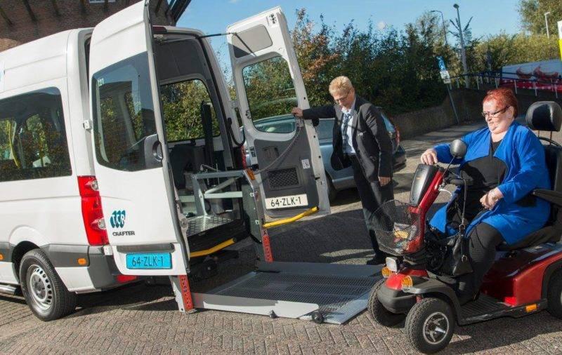 Afbeelding: ZOOV start proef met rolstoelen in taxibus